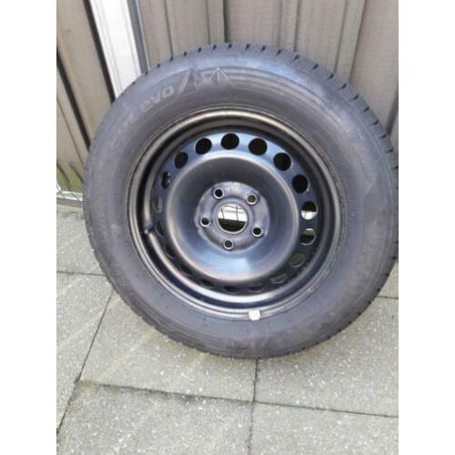 Set van 4 Hankook winterbanden 195/65/15